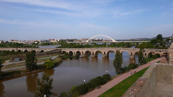 Vida sobre r os fosos puentes habitables de pasado y futuro faircompanies - Jardines puente cultural ...