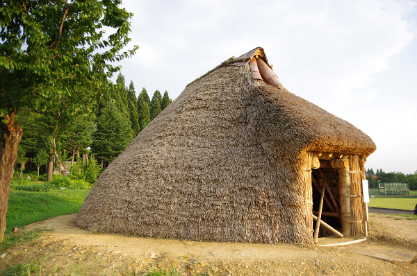 Dugout shelters & pit-houses: benefits of thermal inertia ... on native american house project, native american indian projects, native american plank house plans, native american long house plans,