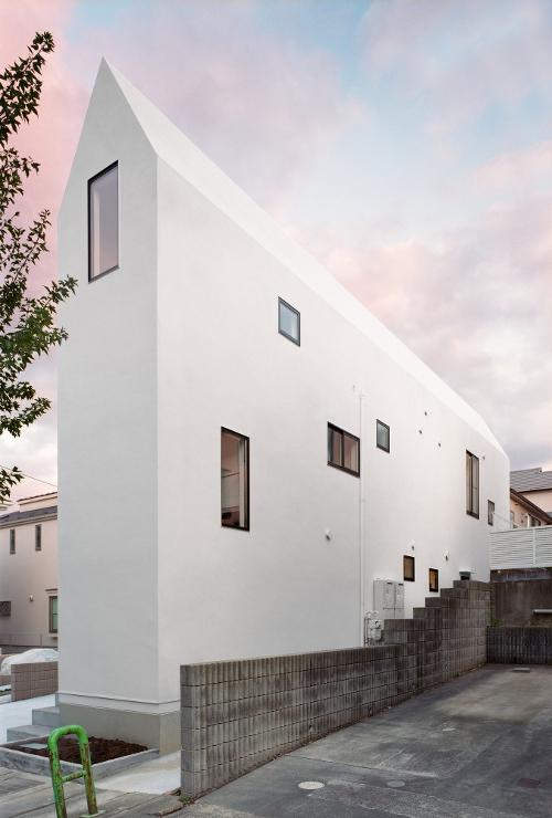 Superando Límites De Espacio Y Dinero 10 Casas Estrechas